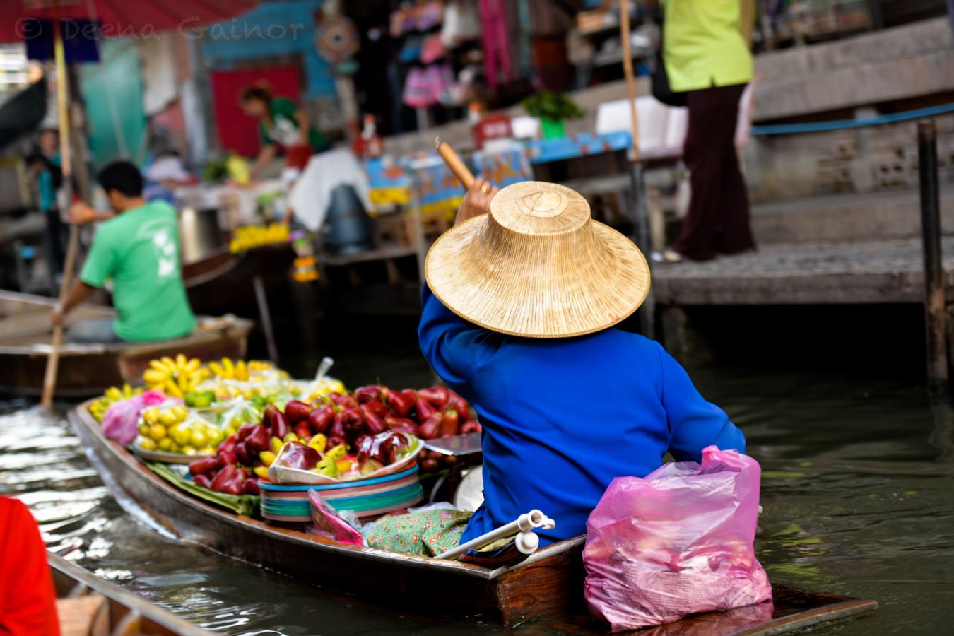 2015 RTW Thailand Bangkok Floating Mrkt 1 wm.jpg
