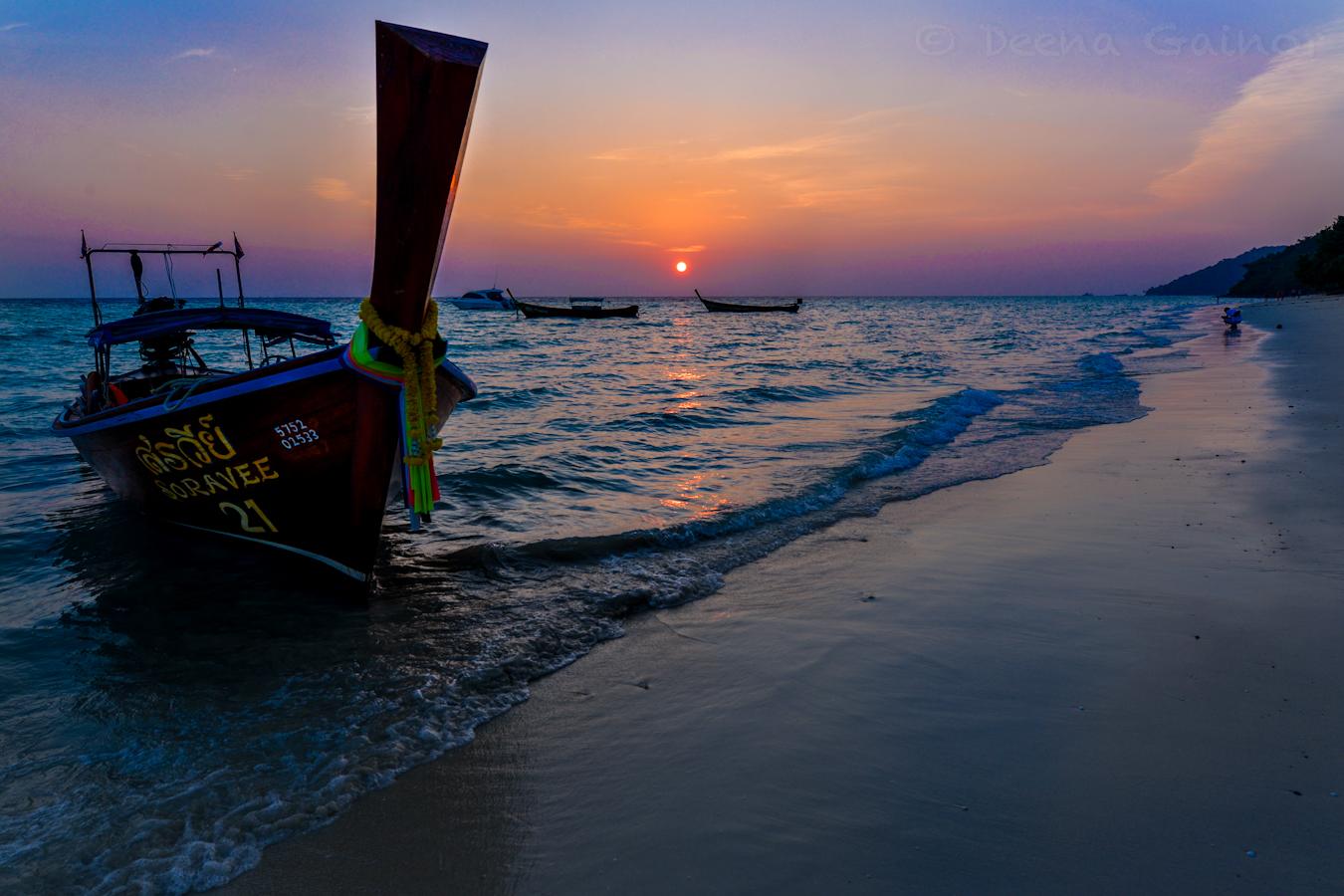 2015 Thailand PP Longtail 2 Sunrise wm.jpg