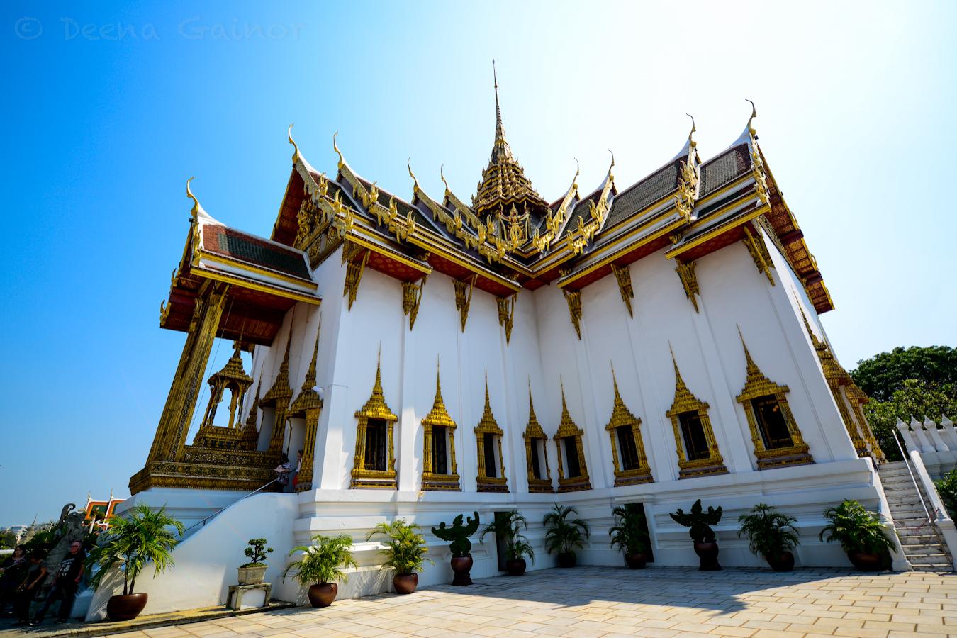 RTW Thailand Bangkok Grand Palace 2 wm.jpg
