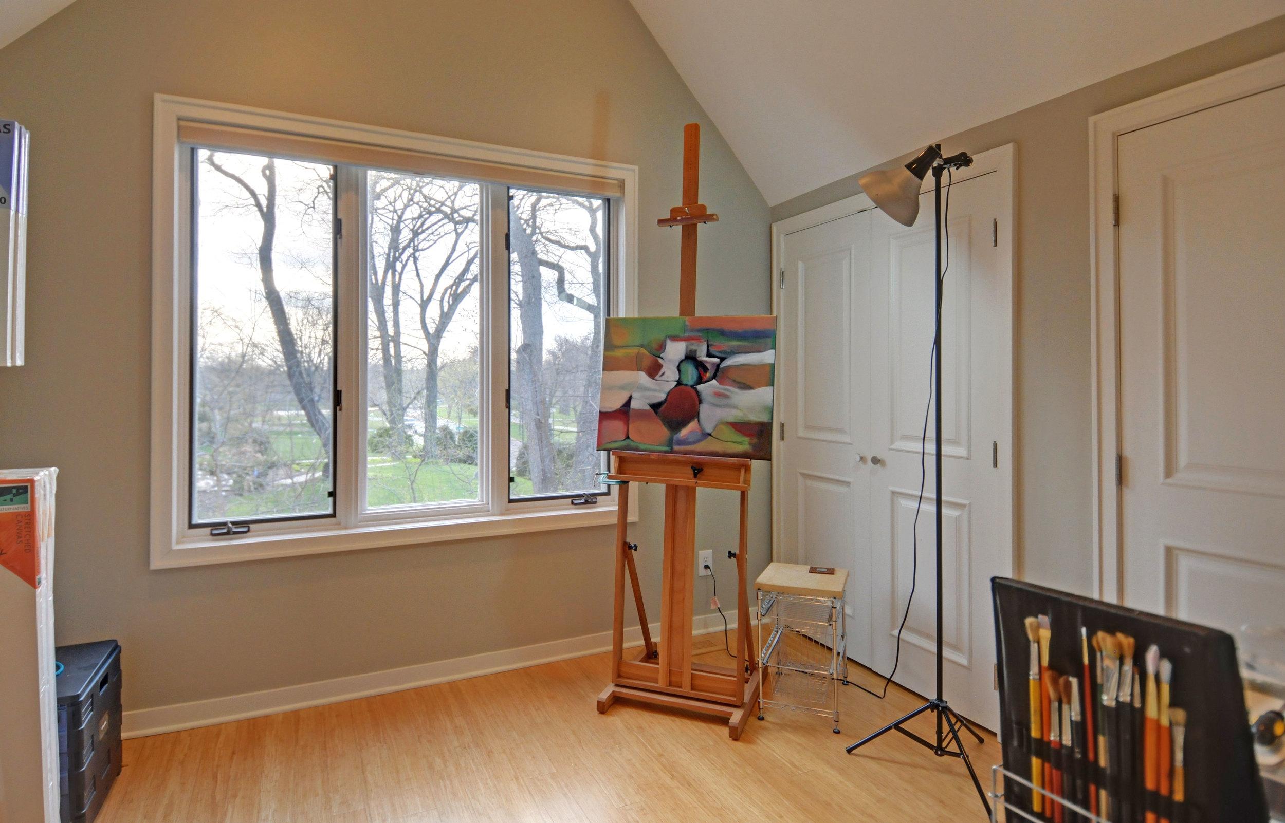 9.1.1 3738-upper-level-2nd-bedroom.jpg