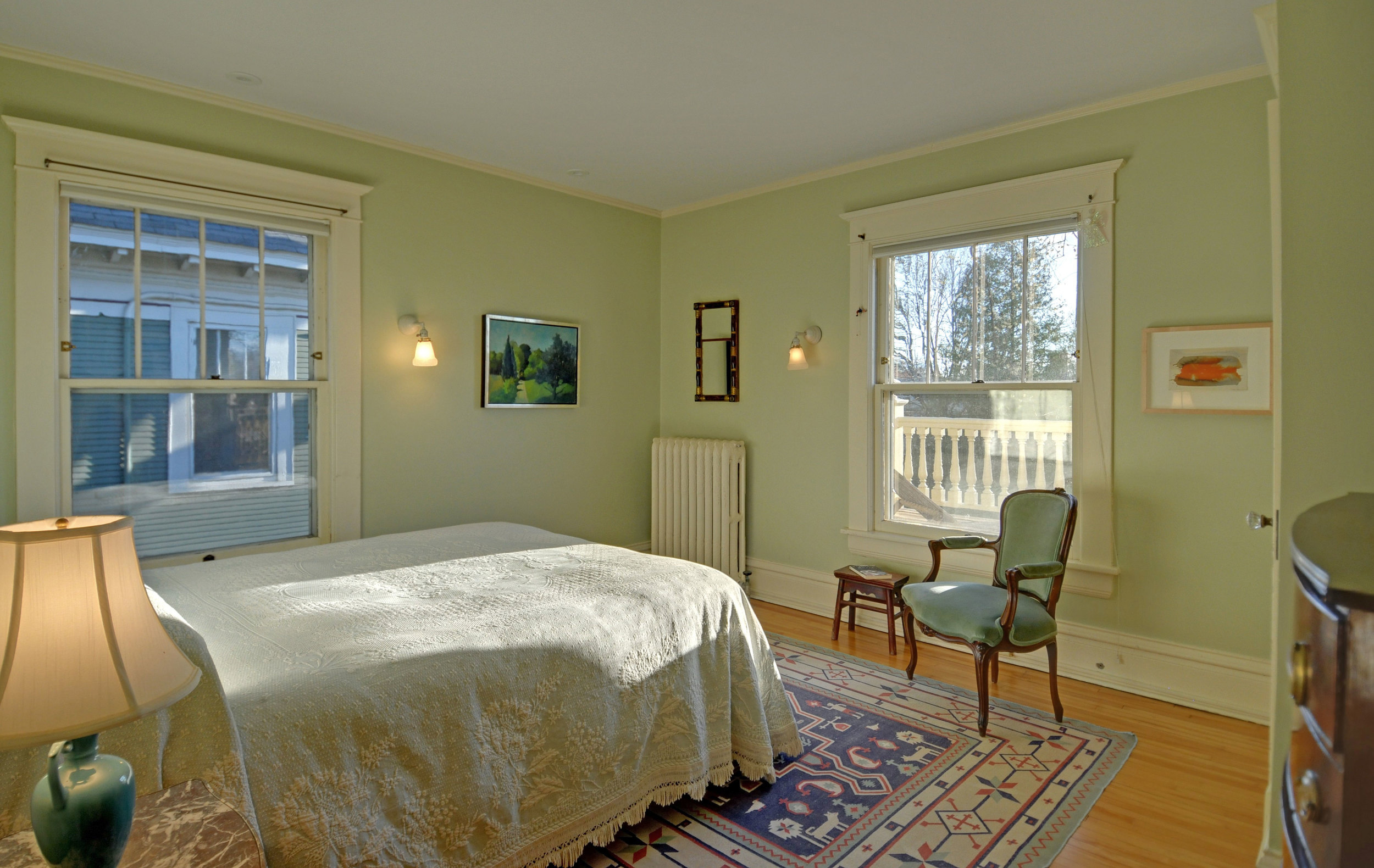 2424-bedroom-3.jpg