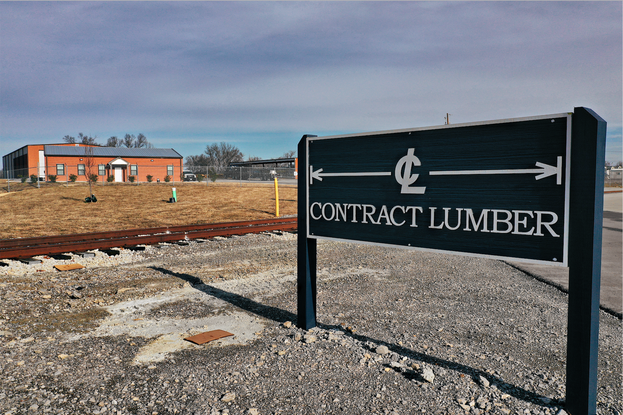 contract-lumber-nashville-lumber-yard4.png