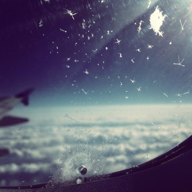 airplanewindowseat.jpg