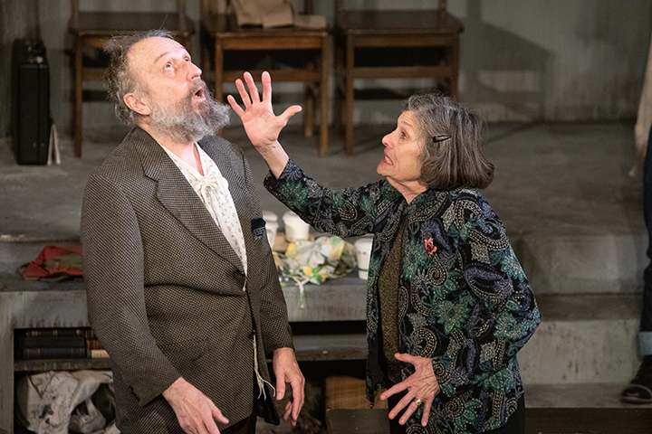 "Charles Numrich and Nancy Marvy in ""Shul"" from the Minnesota Jewish Theatre Company. (Photo by Sarah Whiting)"