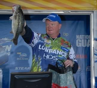Event winner holding a large Bay Springs Spot / photo by Rob Newell - FLW