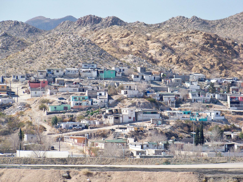 Cruising through El Paso Texas looking at Juarez Mexico across the border