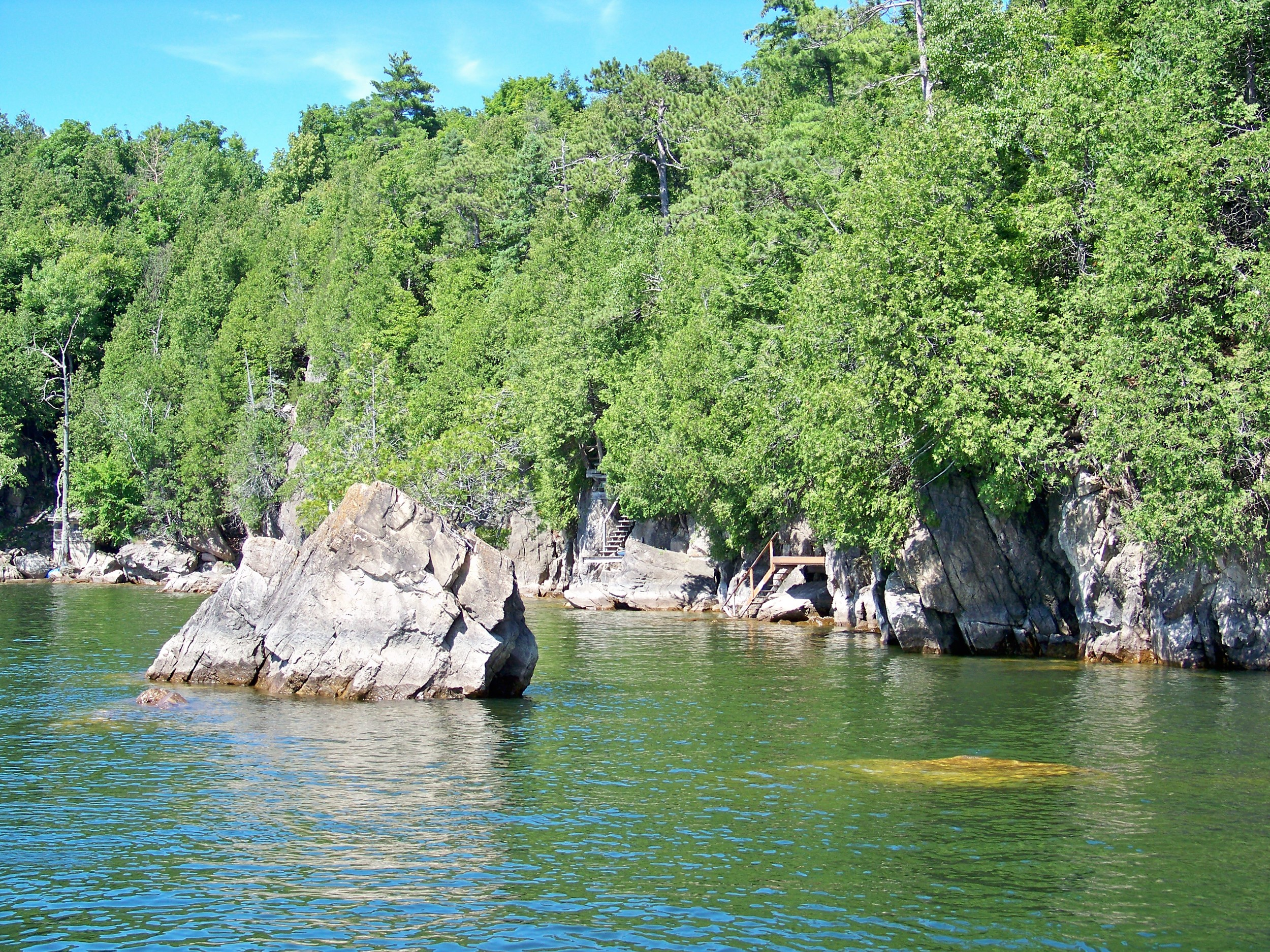 These boulders and the steep rocky bluff walls create multiple funnels.
