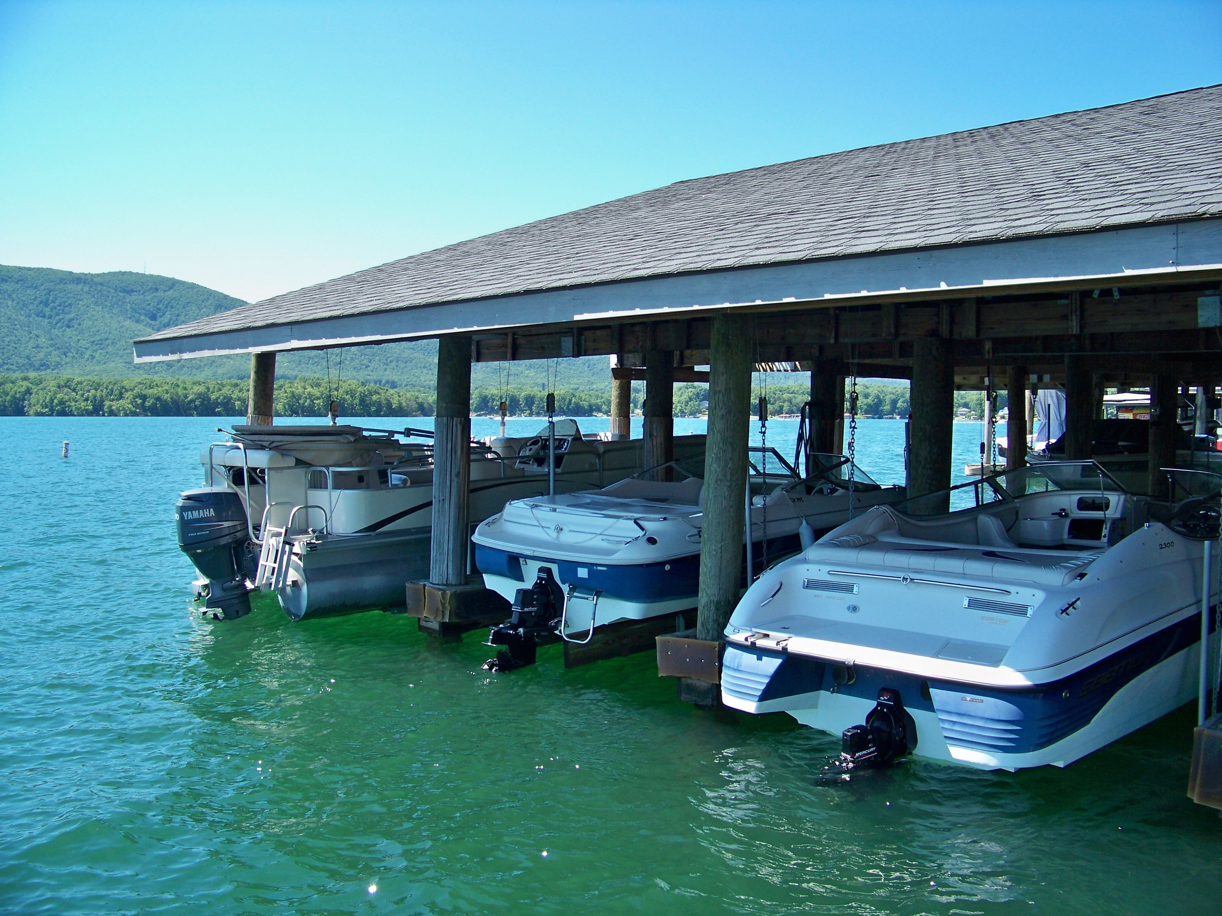 Covered boat docks, blue skies, and shadows how would you approach and fish this spot?