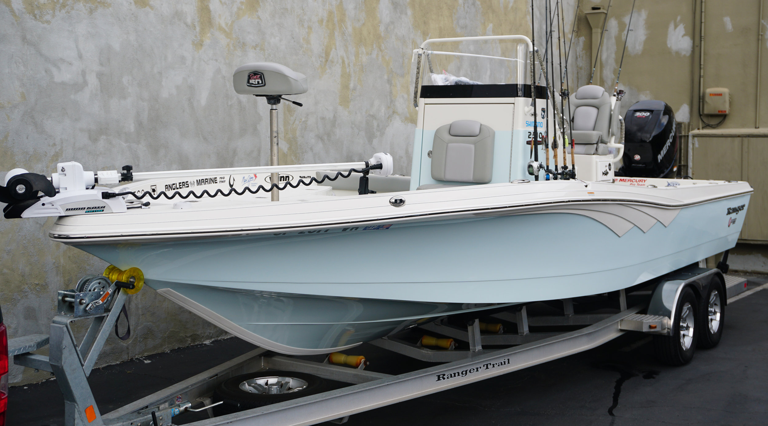 Ranger 2510 Center Console Bay Boat