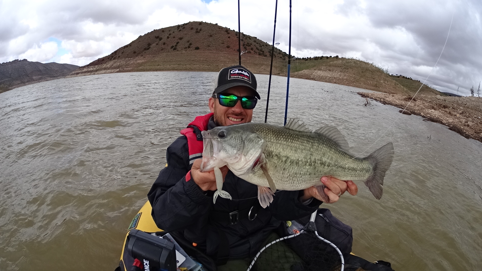 I planned to head out to a long flat, when I arrived at that bank it was impossible to throw a spinnerbait and not get hung up over the spot I knew bass could be using. So, even with a strong wind, I switched to a weightless white Fat Ika.