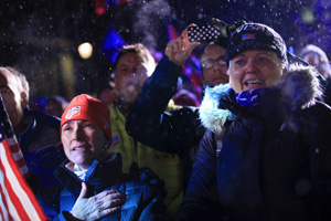 Parents Nancy Hendrickson and Dori Schmalzle at the 2013 World Championships. Photo by Sarah Brunson/USSA