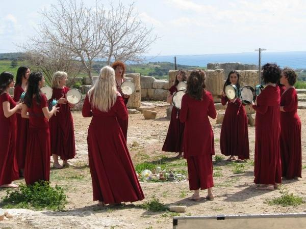 Ma Gaia Frame Drummers working to reclaim theancient hymns of Cyprus. Take a look and listen to how well they play a simple pattern and how effective it is at http://www.myspace.com/kyprogenea