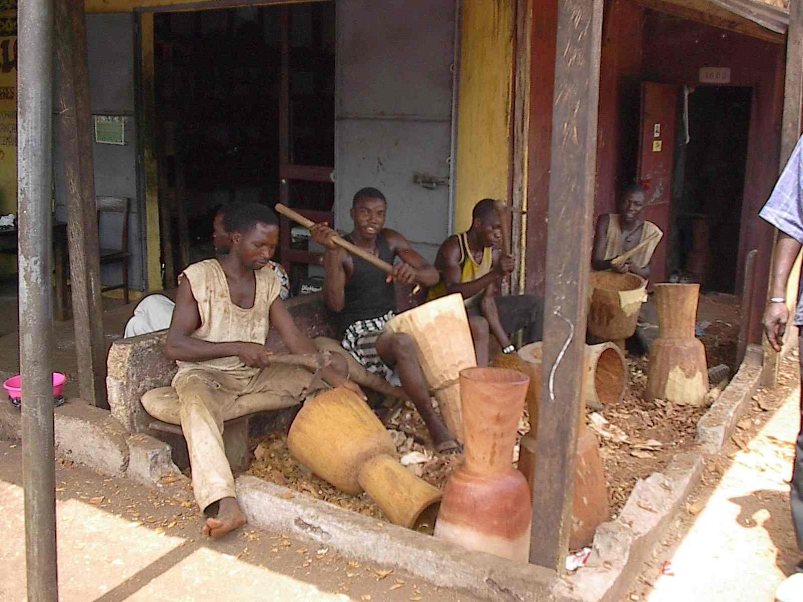 http://www.sancara.org/2013/03/djembe-il-ritmo-dellafrica.html