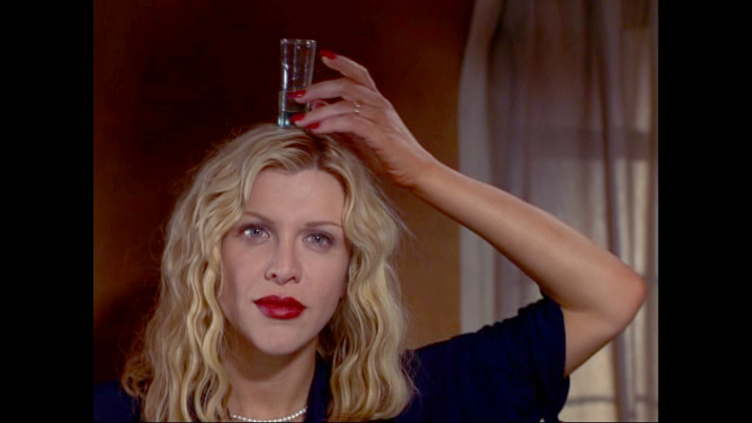 """Courtney Love in """"Beat"""""""