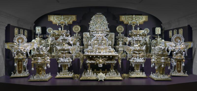 The Throne of the Third Heaven of the Nations' Millennium General Assembly by James Hampton. Photo courtesy of Smithsonian American Art Museum.