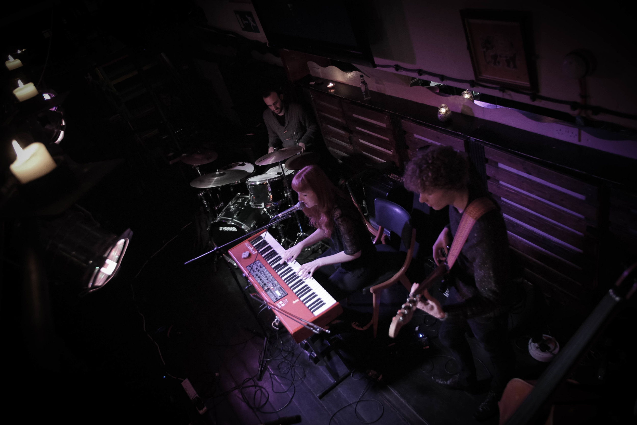 Josie Charlwood Trio at the Tamesis Dock