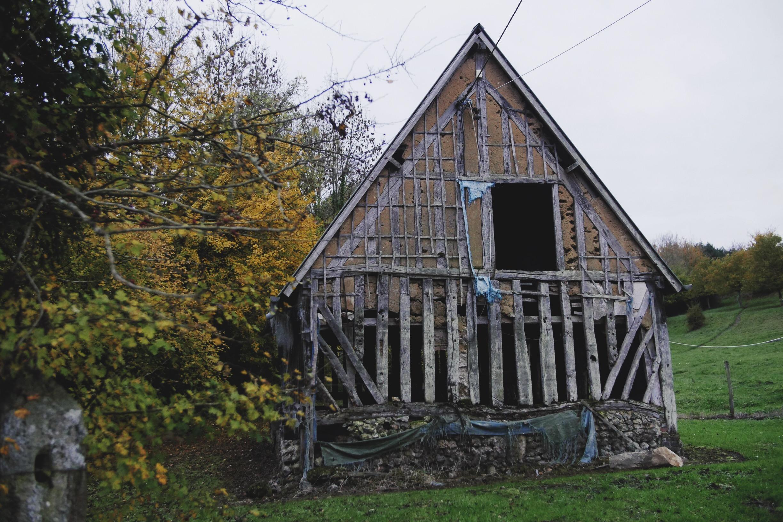 Tudor-like architecture