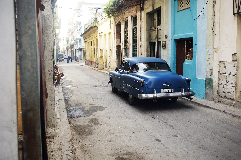 Havana Street & Car