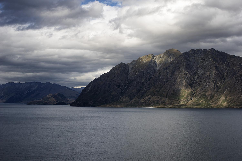 NZ Lake Hawea.jpg