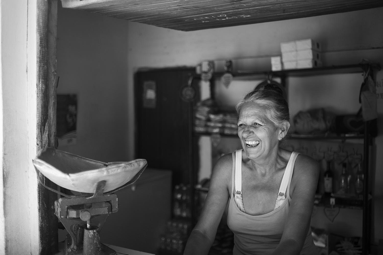 Cuba bside woman smile bw.jpg
