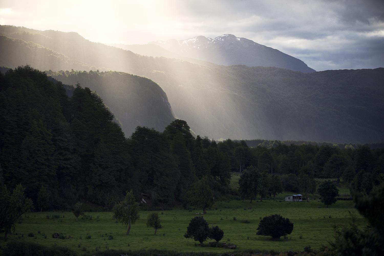 sun rays from los torreones.jpg
