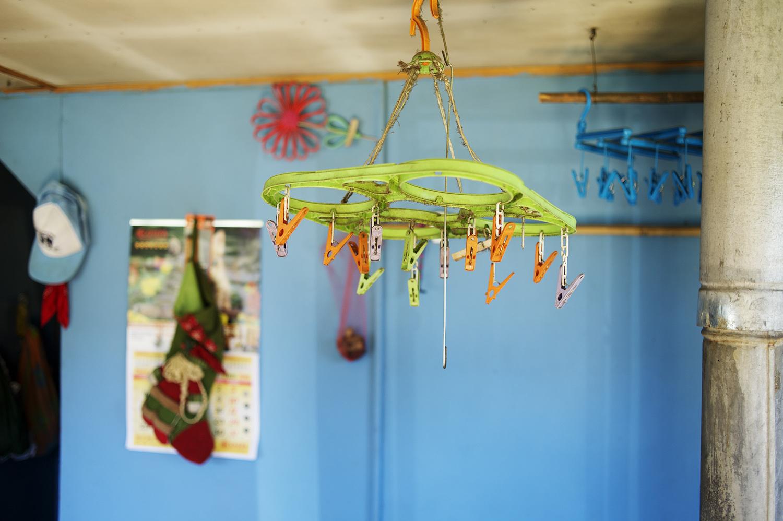 laundary hanger color.jpg