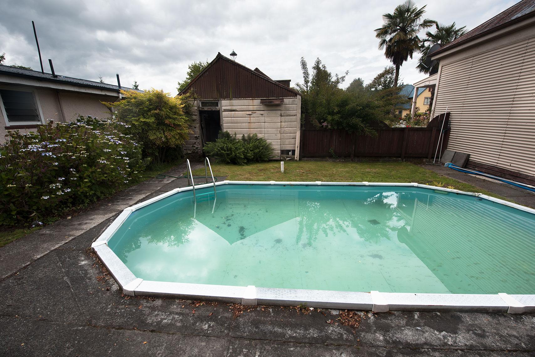 Reefton Hotel Swimming Pool