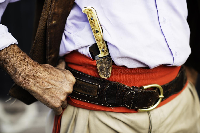 gaucho-argentina-hand-belt-knife.jpg