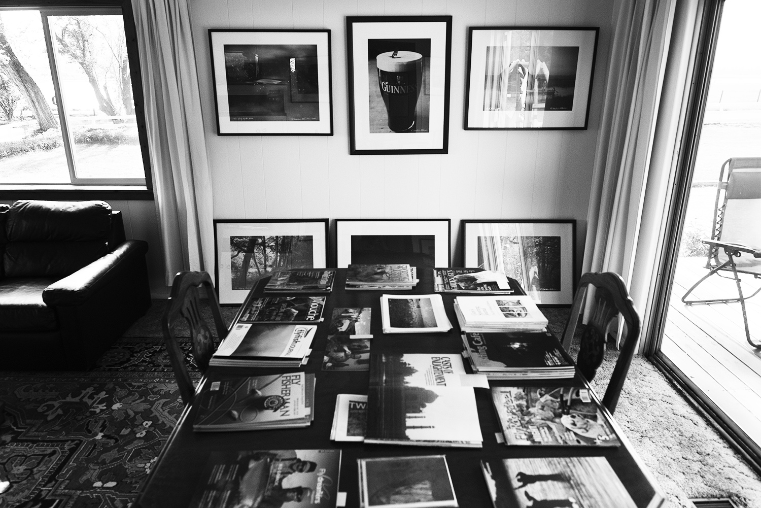 gallery room bw.jpg
