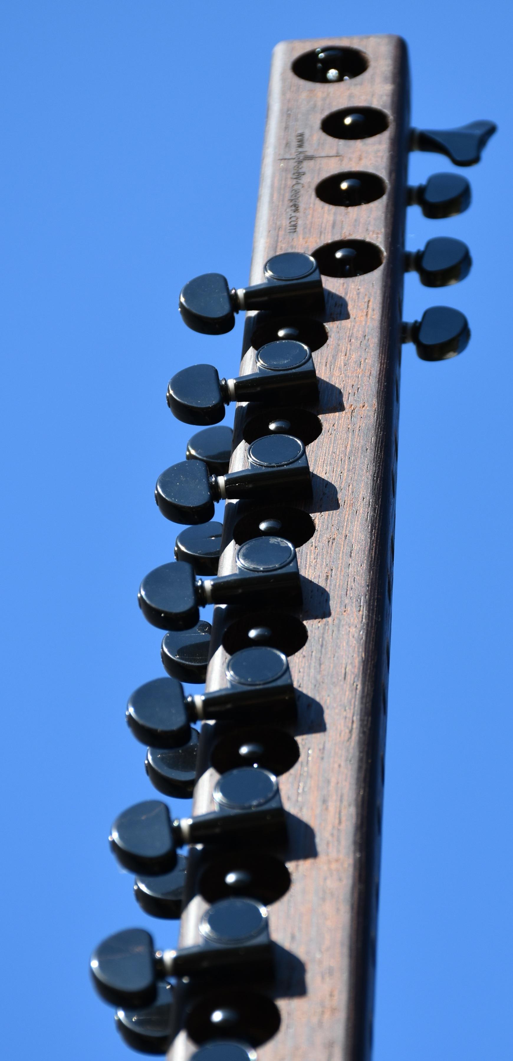sky side detail www long blur.jpg