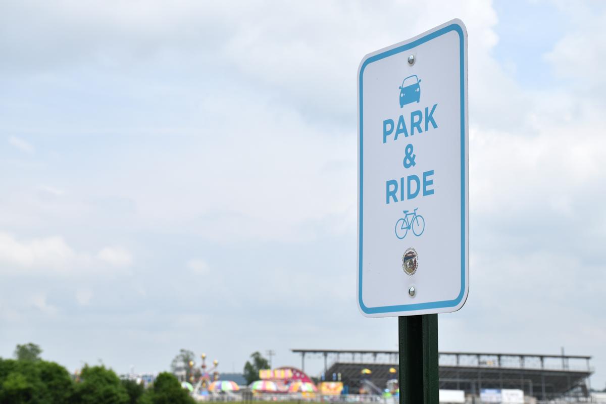 park and ride, springdale, razorback greenway, bike trails, nwa, northwest arkansas, park here