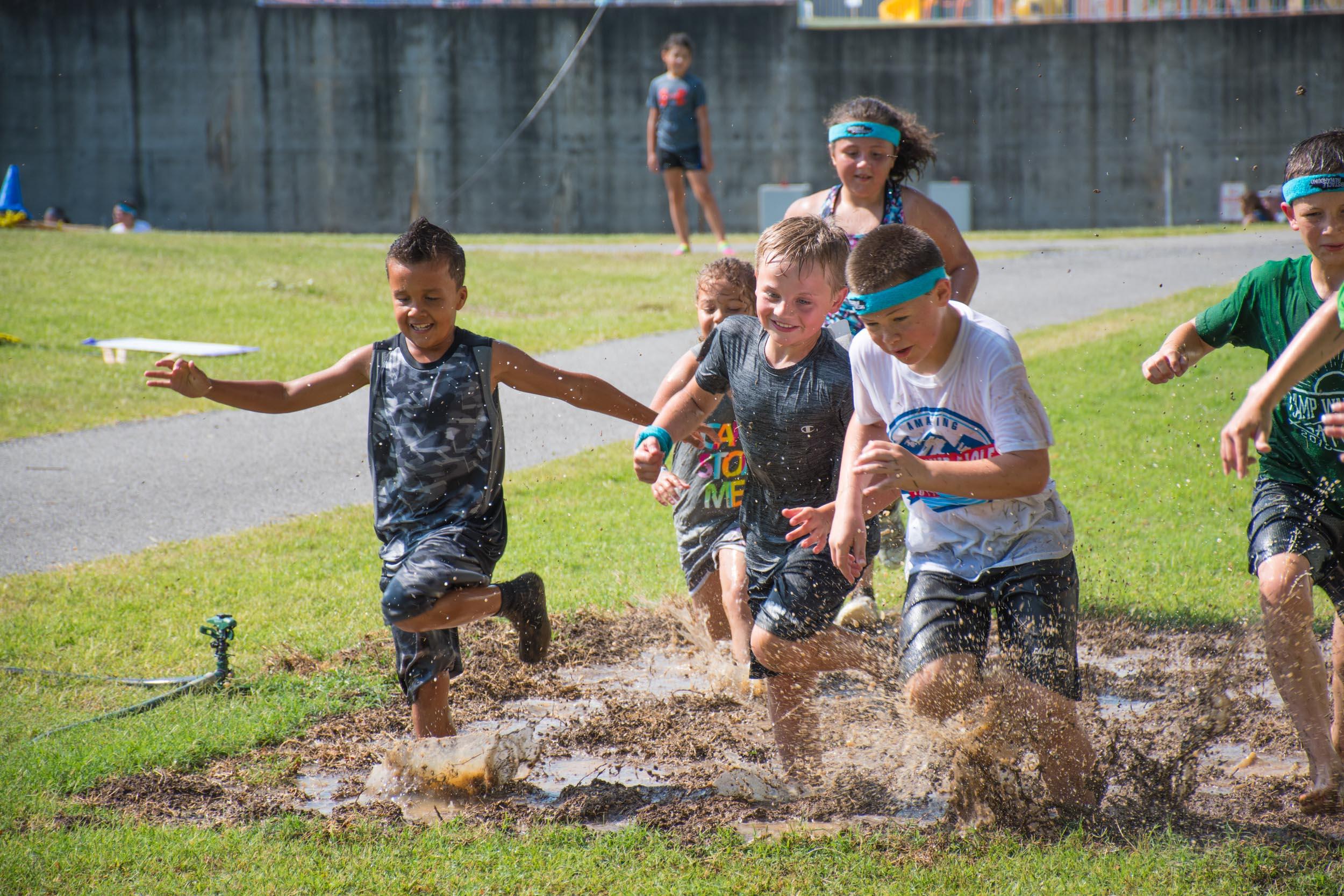 Kids Obstacle Runaround