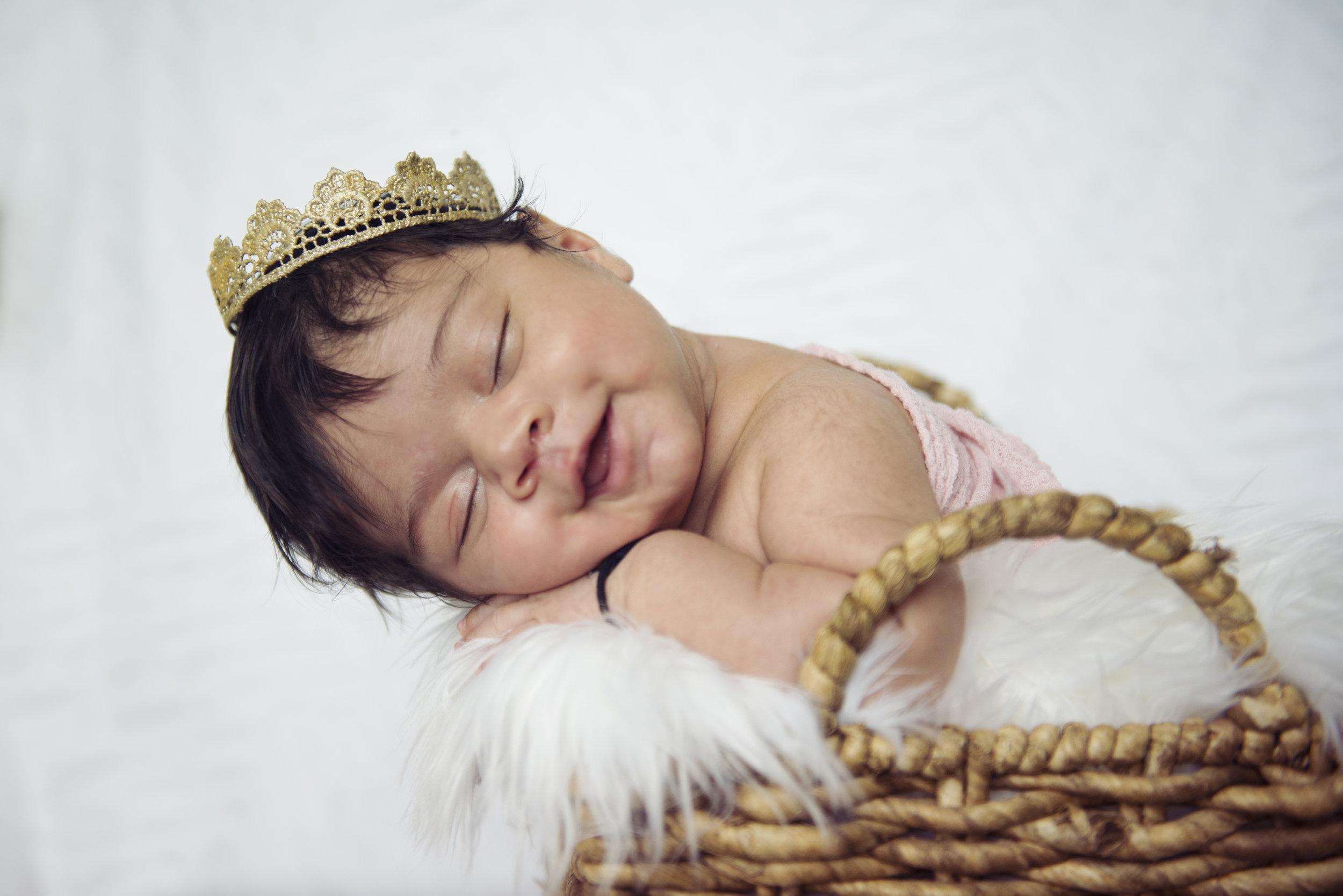 Ayanna Newborn Session - 02.jpg