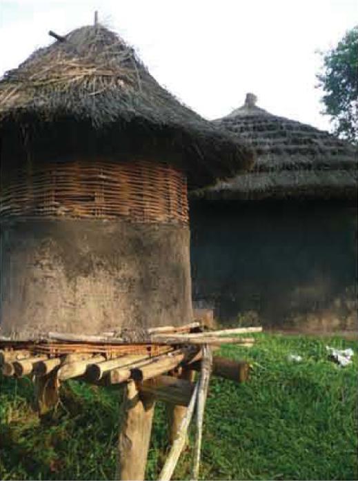 acholi hut 3.jpg