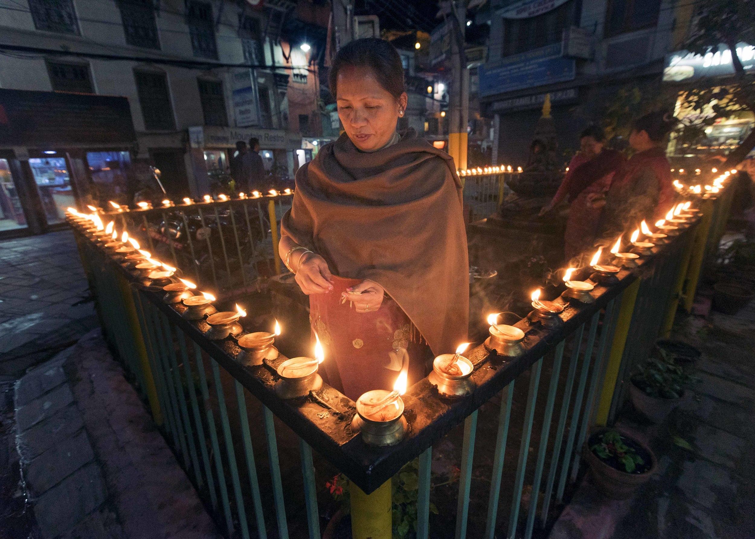 MHood_2015_04_04_Kathmandu_DSC00261_1.jpg