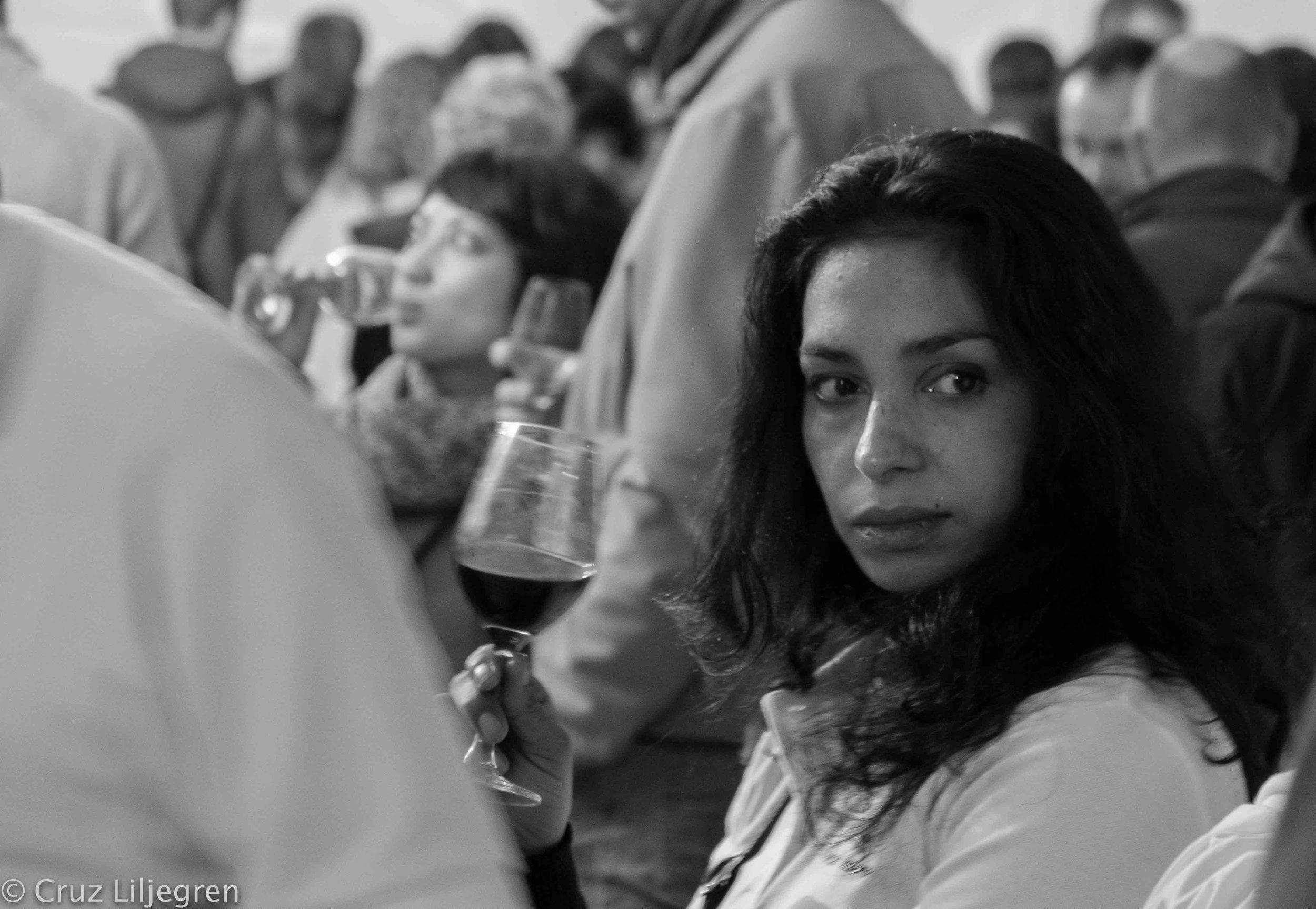 she-loves-wine.jpg