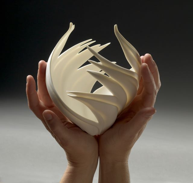 Jennifer McCurdy Flame Vessel 2  Photo by Gary Mirando.jpg