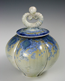 keiths gloss shell top lidded jar 2.jpg