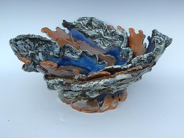 ex-large nutmeg and blue bowl (2).jpg