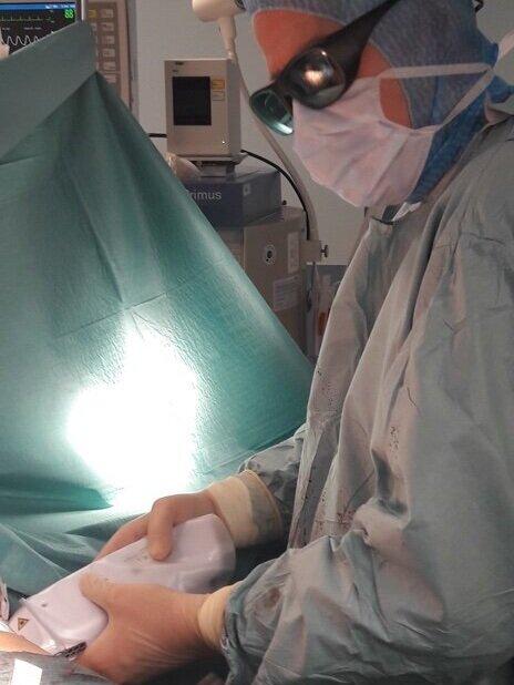 Optimisation cicatricielle au laser en fin d'opération - Dr Plot