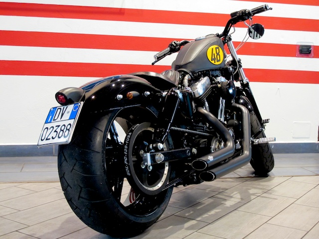 2011 HD Forty-Eight 2014 05 06 Enrico Baroncia Modifica Ruota post. consegna 07.jpg