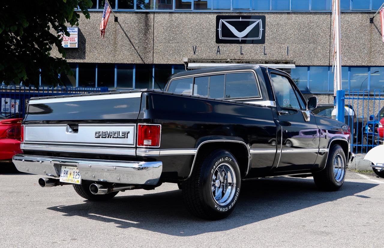 1985 Chevrolet Silverado C10 VALLIstore 06.jpg