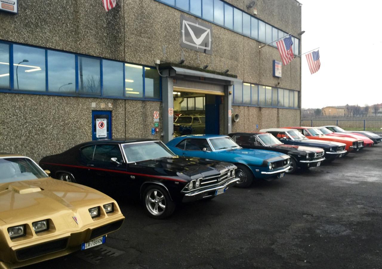 VALLI s.r.l. Immagini - Azienda Esterno Auto (1).jpg