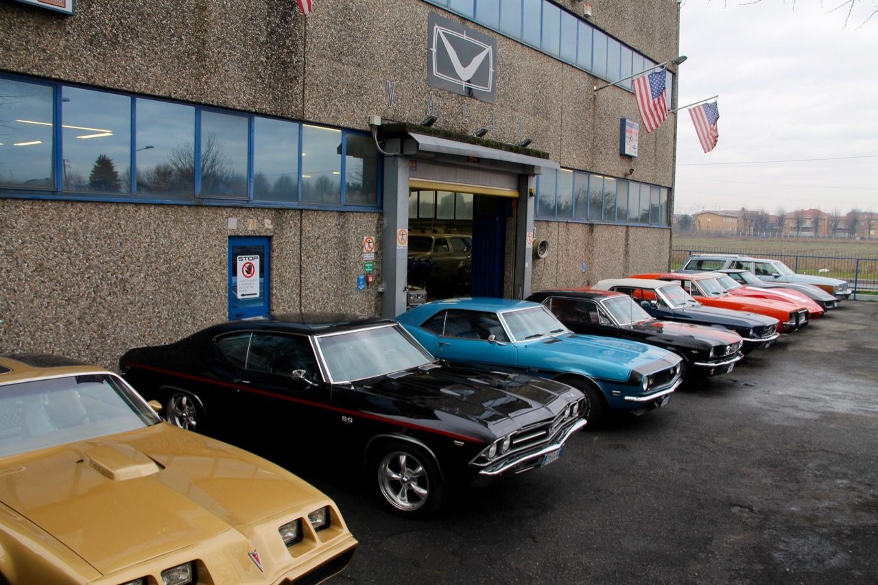 VALLI s.r.l. Immagini - Azienda Esterno Auto 09.jpg
