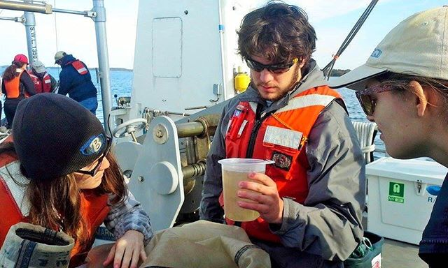 MEES students from last years Biological Oceanography class during their plankton cruise field trip on the Chesapeake Bay, studying gelatinous zooplankton that they caught during the cruise. Photo courtesy of MEES Ph.D. Student Suzi Spitzer