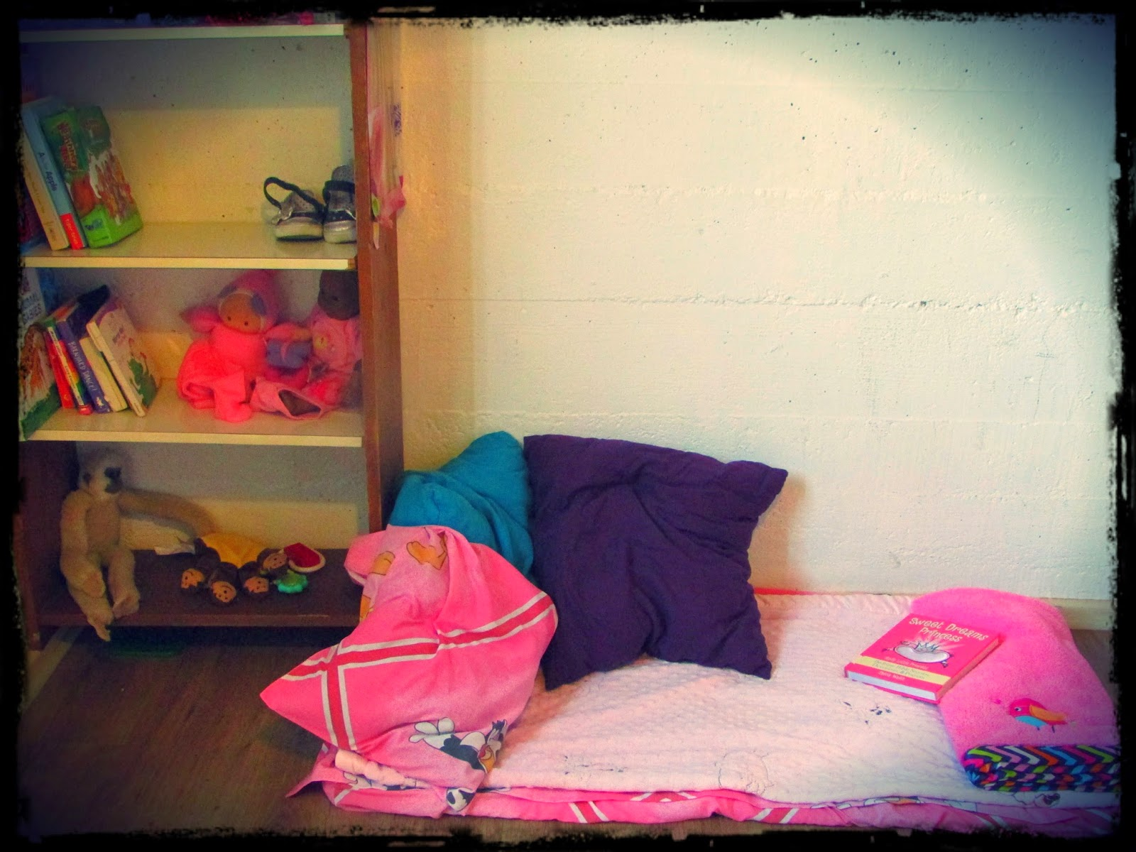Reading nook in Jaelyn's room. Complete with some of her favorite blankets from home!