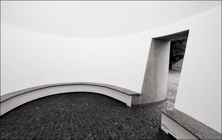 salzburg_white_room_01.jpg