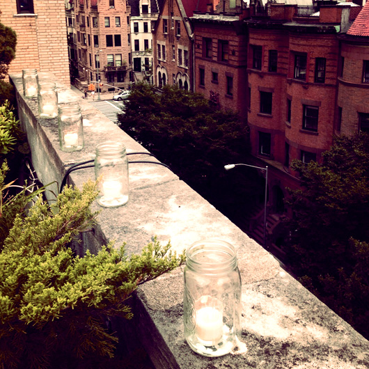nyc-rooftop-dinner-party-votives