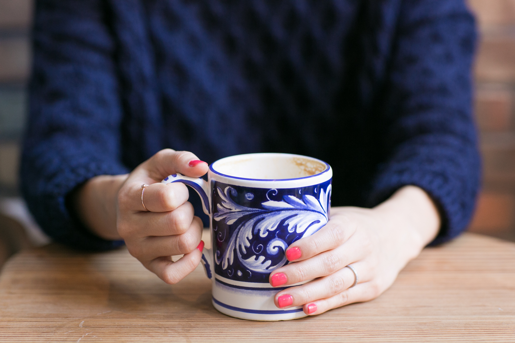 I'm kind of obsessed with their gorgeous mugs. Next time I'll be peering underneath to find out where I can get some of my own (yes, I'm  that  girl)!     We'll wrap up this week with a seriously artisanal shop just bursting with beauty... can you guess where we're going next?