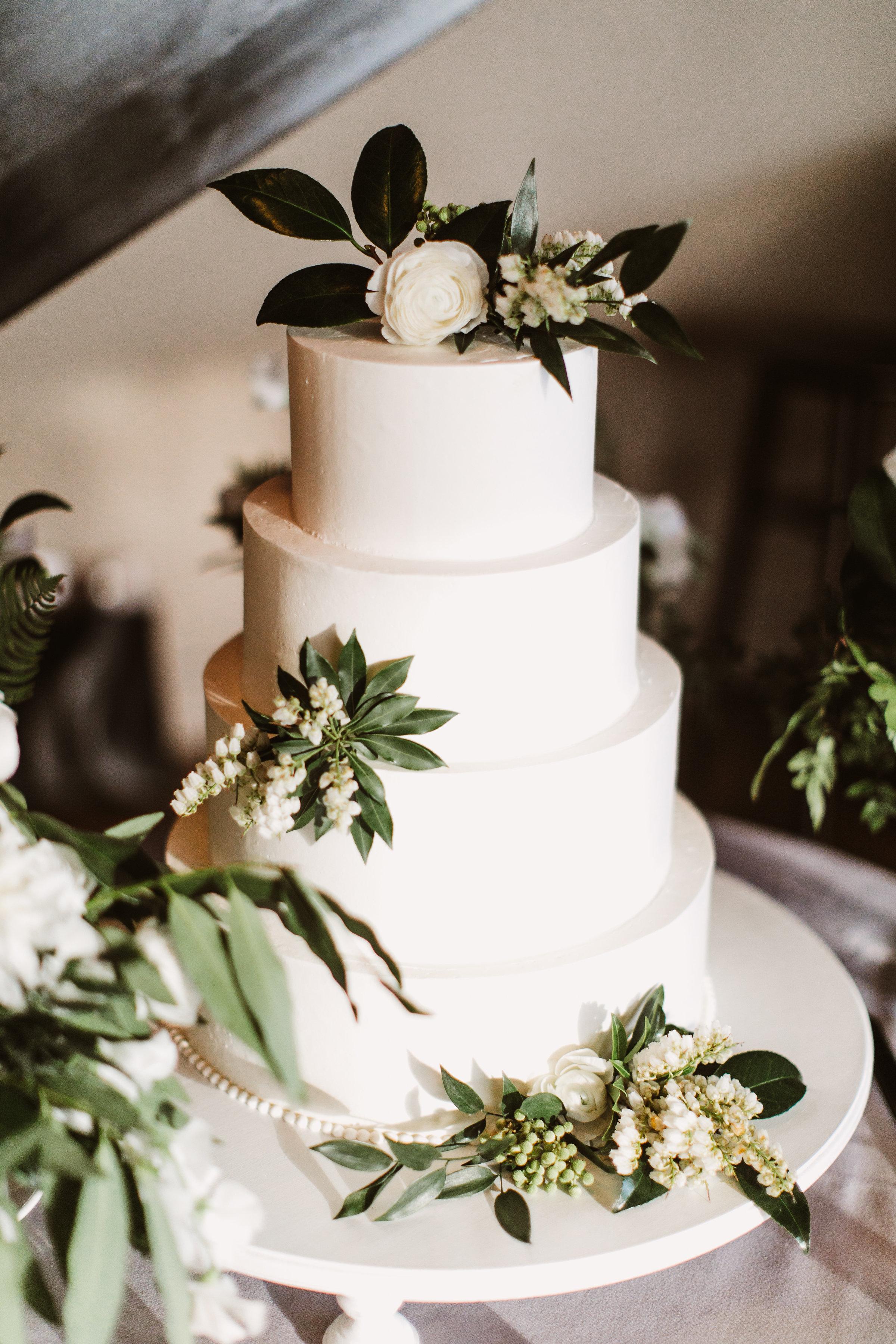 Fourteen-Forty-PatFurey-Spring-Roundhouse-Wedding-25.jpg